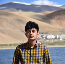 Photo of Paaras Bhandari