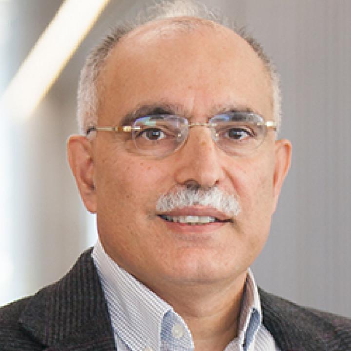Descriptive image for Professor Samir Khuller receives 2020 CRA-E Undergraduate Research Faculty Mentoring Award